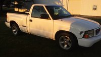 Picture of 2001 GMC Sonoma SLS Short Bed 2WD, exterior