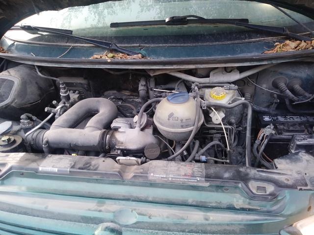 Picture of 2000 Volkswagen EuroVan 3 Dr GLS Passenger Van, engine
