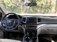 Picture of 2016 Honda Pilot LX, interior