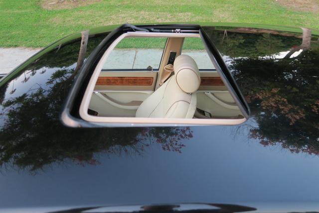 Picture of 1994 Jaguar XJ-Series XJ12