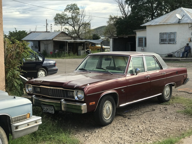 Picture of 1974 Plymouth Valiant