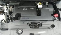 Picture of 2014 Nissan Pathfinder S, engine