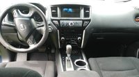Picture of 2014 Nissan Pathfinder S, interior