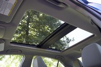 Dual-panel moonroof of the 2018 Toyota Camry, interior, gallery_worthy