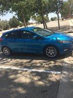 Picture of 2015 Ford Focus SE Hatchback