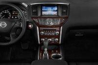 Picture of 2014 Nissan Pathfinder SL 4WD, interior
