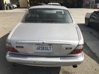 2000 Jaguar XJR Picture Gallery