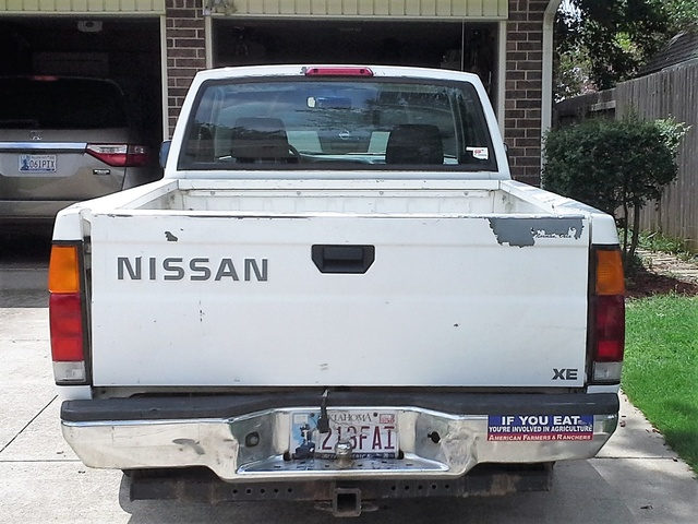 Picture of 1996 Nissan Pickup 2 Dr XE Standard Cab SB
