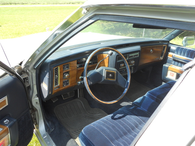 Picture of 1981 Cadillac DeVille Sedan FWD, interior, gallery_worthy