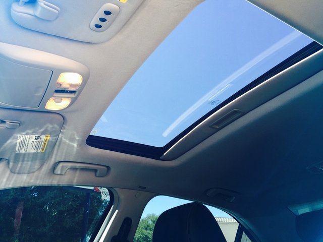 Picture of 2011 Lincoln MKZ Hybrid FWD, interior, gallery_worthy