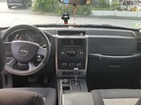 Picture of 2010 Jeep Liberty Limited, interior, gallery_worthy