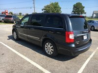 Picture of 2014 Chrysler Town & Country Touring, exterior