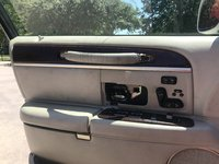 Picture of 2004 Lincoln Town Car Ultimate, interior, gallery_worthy