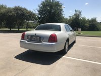 Picture of 2004 Lincoln Town Car Ultimate, exterior, gallery_worthy