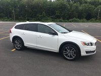 Picture of 2016 Volvo V60 Cross Country Platinum, exterior, gallery_worthy