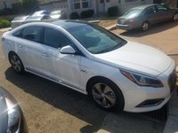 Picture of 2017 Hyundai Sonata Hybrid Limited FWD, exterior, gallery_worthy