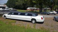 Picture of 2004 Lincoln Town Car Executive L, exterior, gallery_worthy