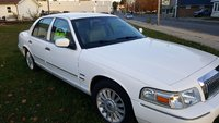 2009 Mercury Grand Marquis Picture Gallery