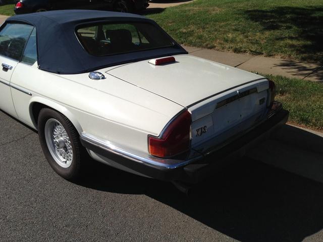 Picture of 1990 Jaguar XJ-S