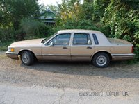 Picture of 1990 Lincoln Town Car Signature, exterior, gallery_worthy