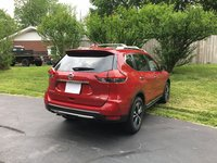 Picture of 2017 Nissan Rogue SL AWD, exterior, gallery_worthy