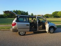 Picture of 2002 Chrysler Voyager 4 Dr eC Passenger Van, interior, gallery_worthy