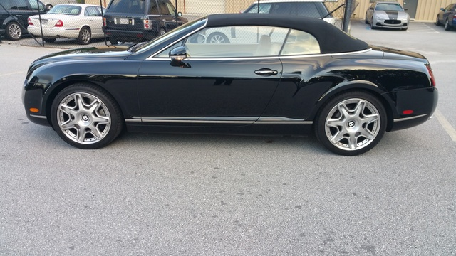 Foto de un 2009 Bentley Continental GTC W12 AWD