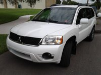 2010 Mitsubishi Endeavor Overview