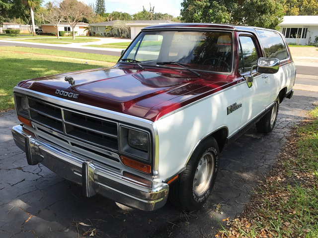 Picture of 1989 Dodge Ramcharger