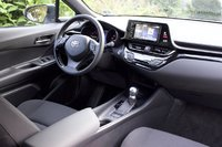Cabin of the 2018 Toyota C-HR, interior, gallery_worthy