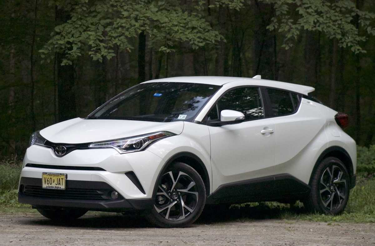 Front 3/4 of the 2018 Toyota C-HR