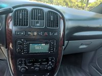 Picture of 2004 Chrysler Town & Country Limited, interior, gallery_worthy