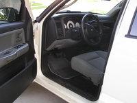 Picture of 2009 Dodge Dakota Bighorn/Lonestar Crew Cab, interior, gallery_worthy