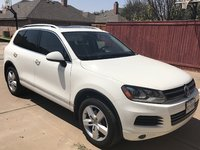 Picture of 2011 Volkswagen Touareg VR6 Lux, exterior, gallery_worthy