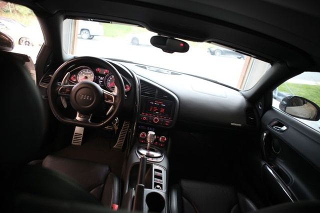 Picture Of 2012 Audi R8 5.2 Quattro Spyder AWD, Interior, Gallery_worthy