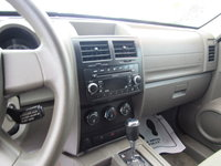 Picture of 2009 Dodge Nitro SE, interior, gallery_worthy