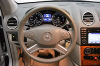 Picture of 2009 Mercedes-Benz M-Class ML 350, interior, gallery_worthy