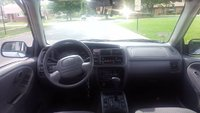 Picture of 2001 Chevrolet Tracker Base 4WD, gallery_worthy