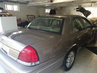 Picture of 2004 Ford Crown Victoria LX, gallery_worthy