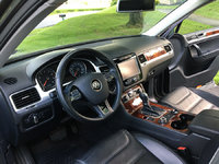 Picture of 2012 Volkswagen Touareg VR6 Lux, interior, gallery_worthy