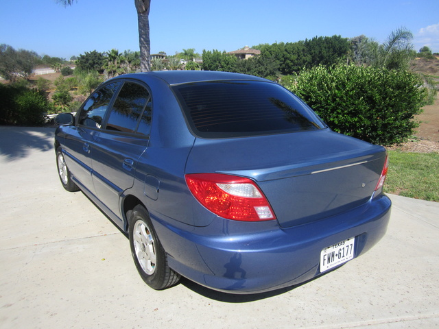 Picture of 2001 Kia Rio