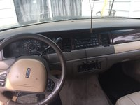 Picture of 1999 Lincoln Town Car Signature, interior, gallery_worthy