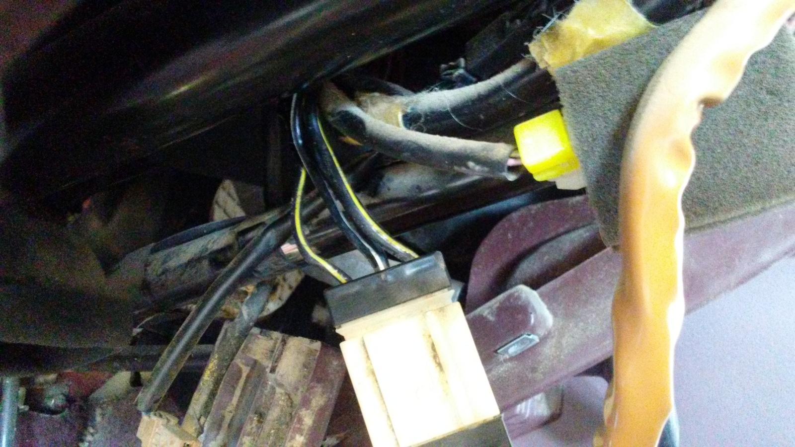 Nissan Pickup Questions My Truck Wont Start Every Time I Turn The Terrano Central Locking Wiring Diagram If Not Cut Wire With No Voltage And Splice It To Live Took Me Over A Year Find This Out