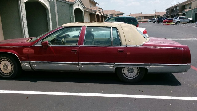 Picture of 1993 Cadillac Fleetwood Base Sedan, exterior, gallery_worthy