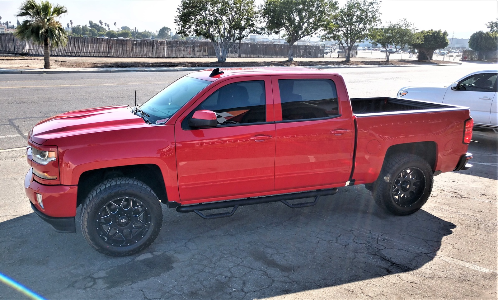 Picture of 2018 Chevrolet Silverado 1500 LT Crew Cab