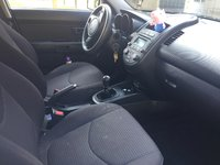 Picture of 2013 Kia Soul Base, interior, engine, gallery_worthy