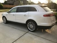Picture of 2015 Lincoln MKT 3.7L EcoBoost AWD, exterior, gallery_worthy