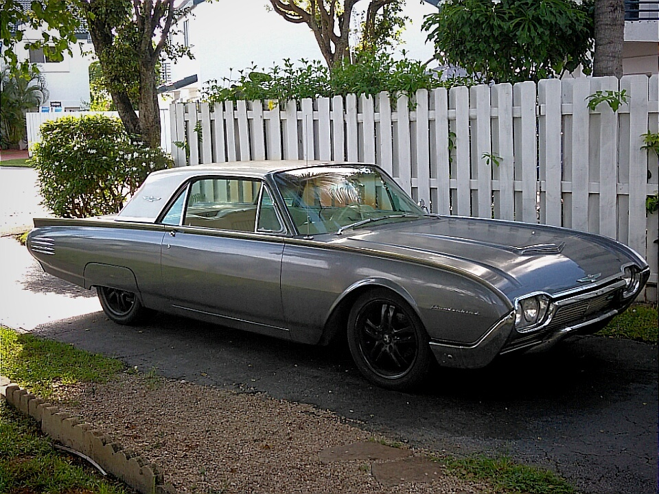 1961 Ford Thunderbird - Overview