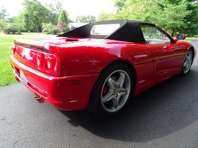 Picture of 1999 Ferrari F355