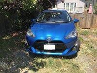 Picture of 2016 Toyota Prius c Three, exterior, gallery_worthy